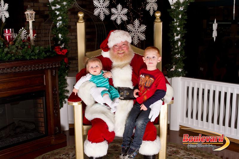 Santa Dec 15-187.jpg