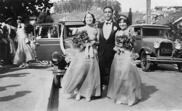 1929, Wedding