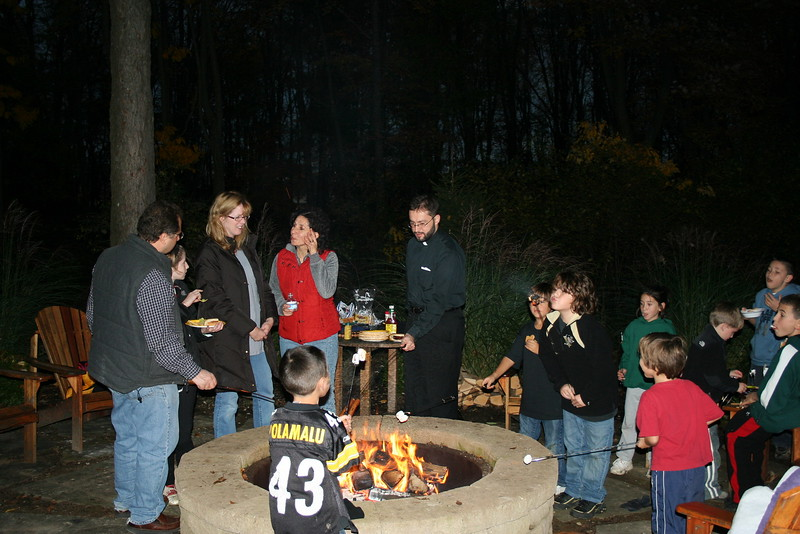 2009-10-25-HOPE-JOY-Bonfire_001.jpg
