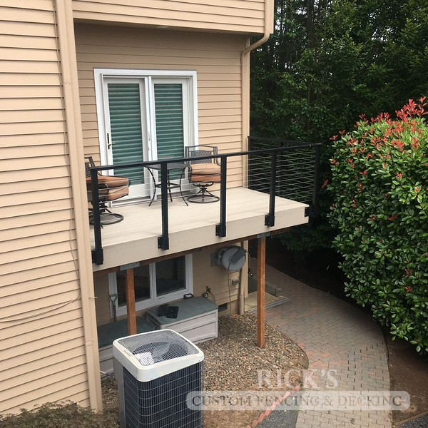 1709 - Aluminum Handrail with Stainless Steel Cable