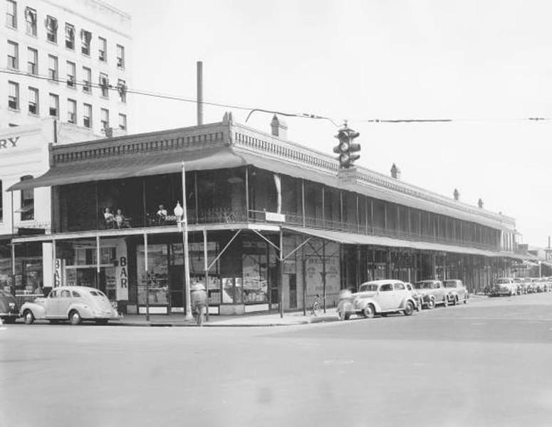 Market - 1941.jpg