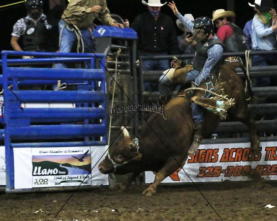 Llano Xtreme PBR Bull Riding 2020