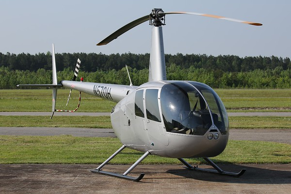 "2009 Robinson R-44 ""Raven II"", Norfolk, 13May18"