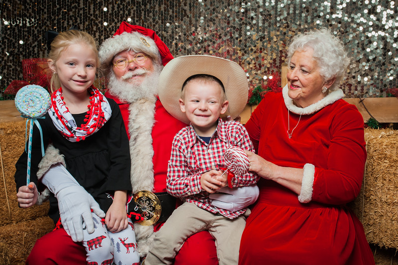 Christmas Roundup 2018-138.jpg
