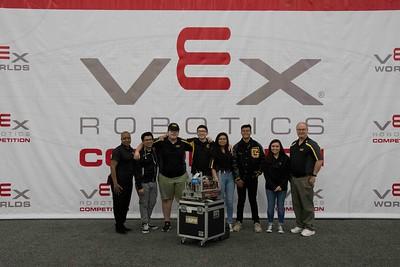 2019 GPHS Robotics Team at World Championships