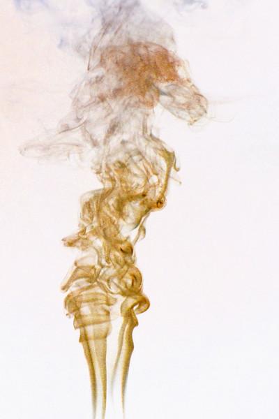 Smoke Trails 5~8740-1ni.