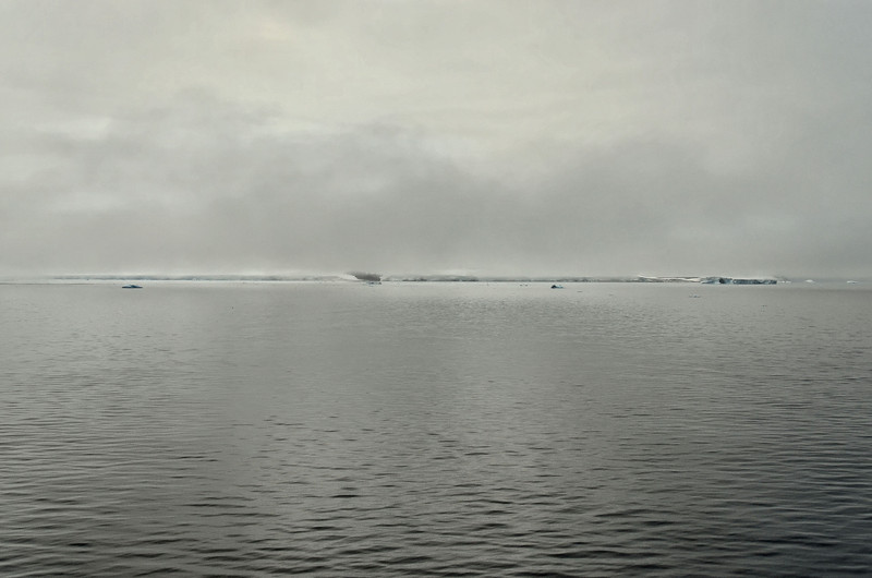 Cape Stolbovoy, W coast of Rudolph Island