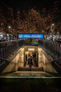 Uhlandstraße Station in Berlin.