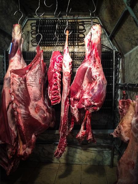 arrosteria meat hanging.jpg