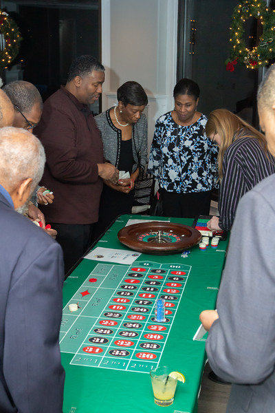 2019 12 Willis 60th Bday 062.jpg