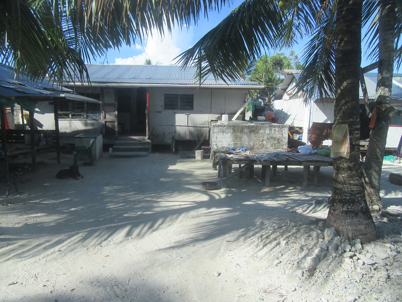 043_Funafuti Conservation Area. Traditional House and Resting Platform.JPG