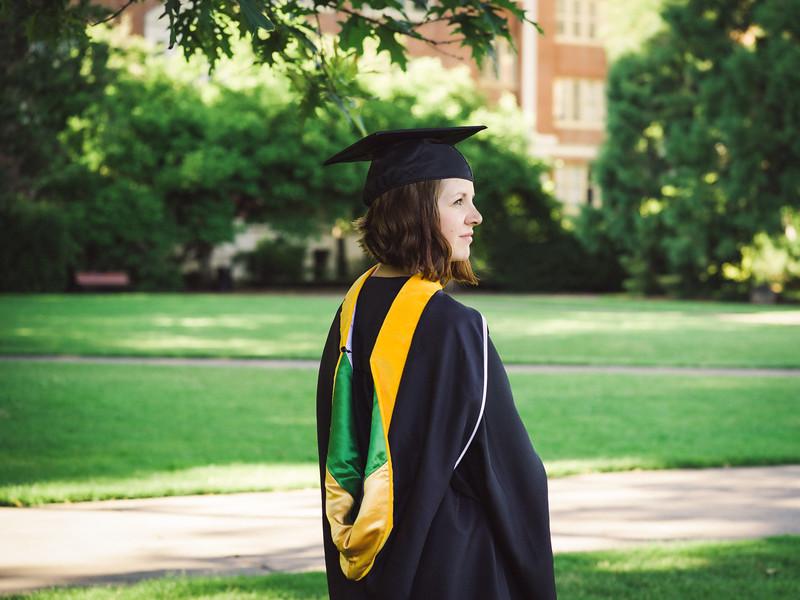 Amanda-Graduation-2017-4.jpg