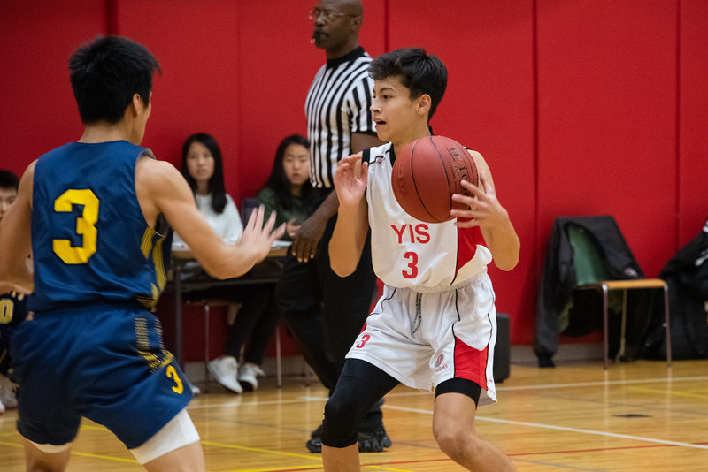Athletics-HS Boys Basketball-YIS_8486-2018-19.jpg