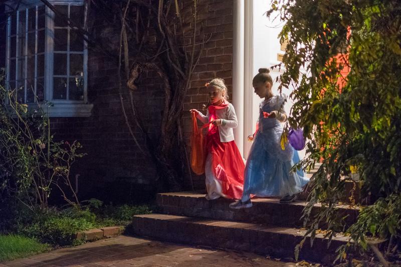 Halloween 2016-48.jpg