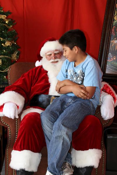 Santa Clause 11DEC2010-438Master.JPG