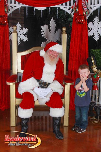 Santa 12-10-16-325.jpg
