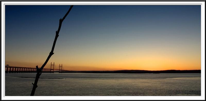 Sunset over the river Severn (60813153).jpg