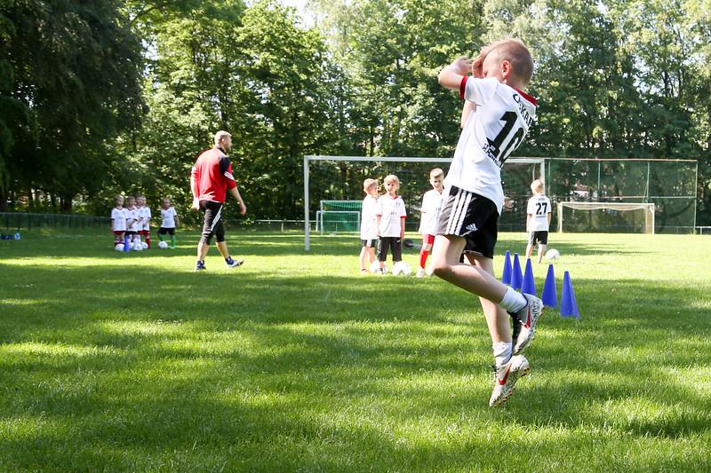 hsv_fussballschule-154_48047950501_o.jpg