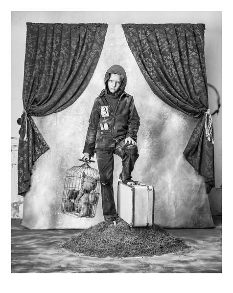 01 - Espacios Ajenos - Retratos de la Migración