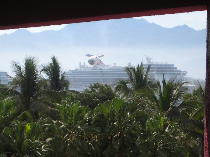 Hello cruise ship!  We will see you in January!