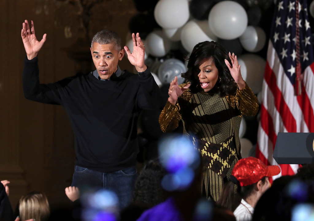 ". President Barack Obama and the first lady Michelle Obama dance to the beat of Michael Jackson\'s ""Thriller\"" at they welcome children from Washington area and children of military families to trick-or-treat celebrating Halloween at the White House in Washington, Monday, Oct. 31, 2016. (AP Photo/Manuel Balce Ceneta)"