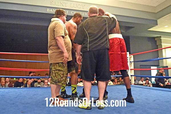 Bout 2 Wesley Triplett(Red Wrist Wraps), Youngstown -vs- Frank Barnes(Blue Wrist Wraps), Cleveland, Heavyweights