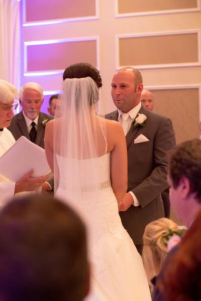 Matt & Erin Married _ ceremony (204).jpg