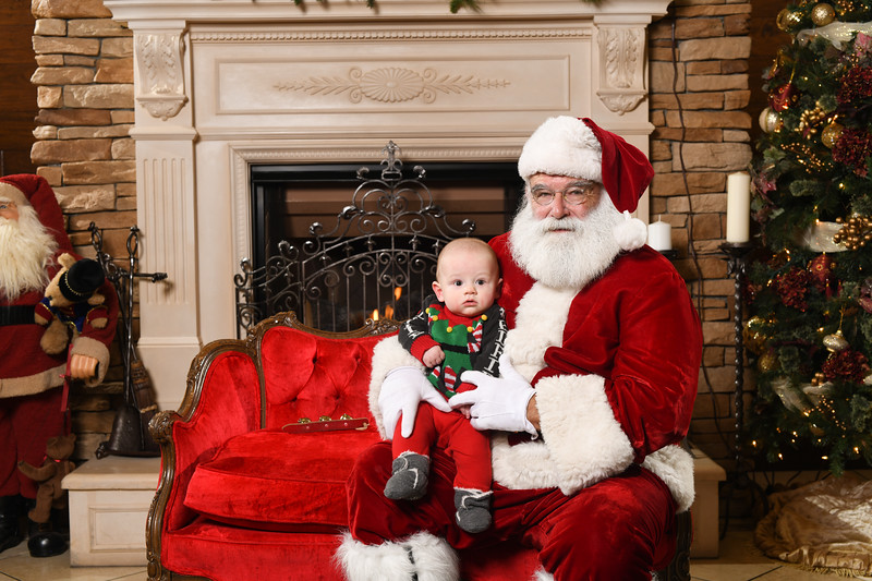 Santa2018.TylerBoye.-247.jpg
