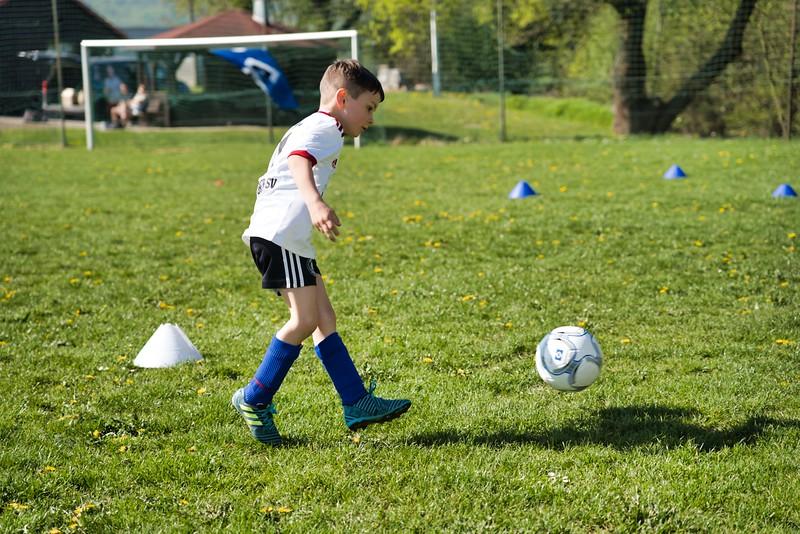hsv-fussballschule---wochendendcamp-hannm-am-22-und-23042019-u61_40764452523_o.jpg