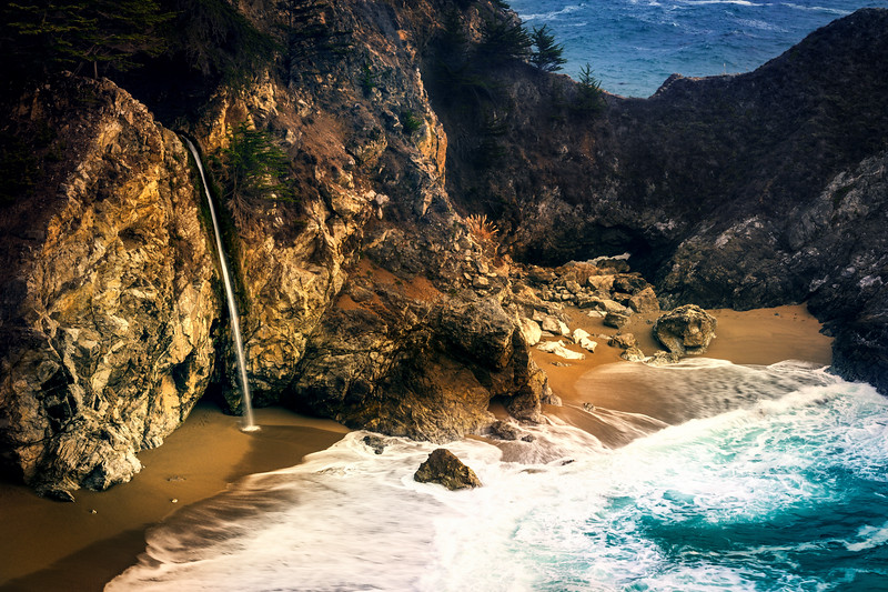 cali waterfall.jpg