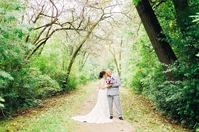 chateau-on-the-river-trenton-michigan-wedding-0124.jpg