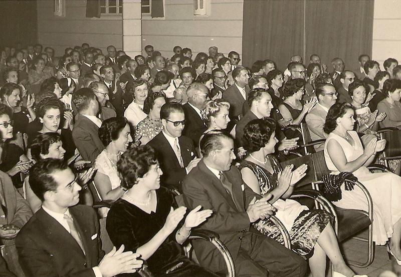 Assistencia, Teatro Infantil, Dundo, Junho, 1959
