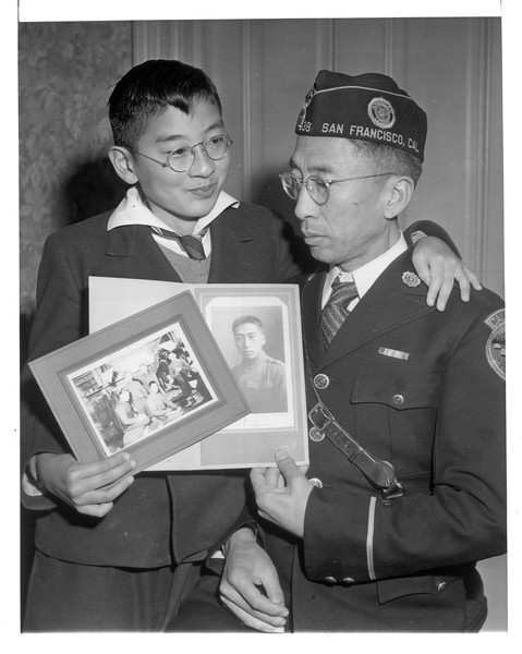 """""""They're Japanese -- but loyal Americans.  In 1917, Kaytaro Tsukamoto served with the United States Army"""" -- caption on photograph"""