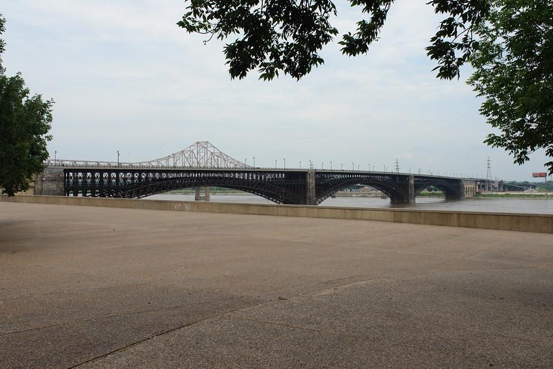 St. Louis arch/riverfront - 14