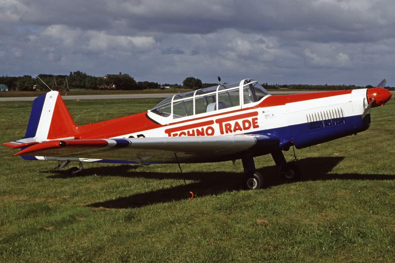 OK-MQB-ZlinZ-226MS-Private-EKVJ-1998-06-13-FC-05-KBVPCollection.jpg