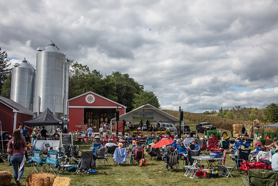 Eight Oaks Craft Distillers Americana Music & Makers Festival