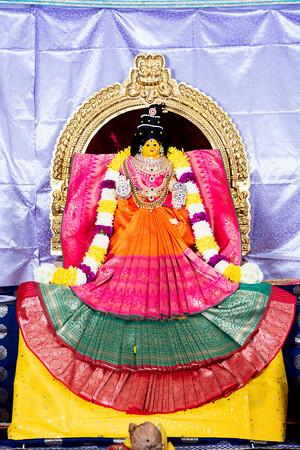 Navarathrulu