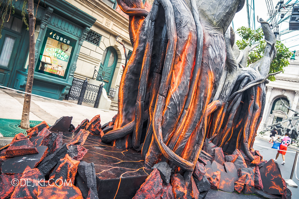 Universal Studios Singapore Halloween Horror Nights 8 Before Dark update - Apocalypse: EARTH / Lava Trees