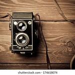 old-camera-retouching-vintage-260nw-174618074.jpg