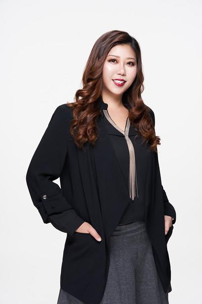 形象照/ 台灣資生堂 Group Manager