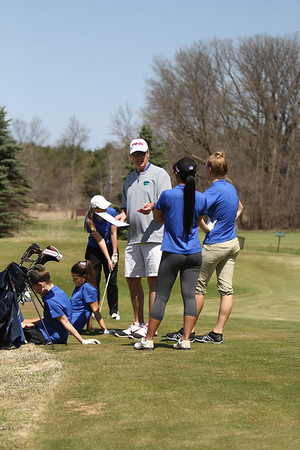 track and girls golf
