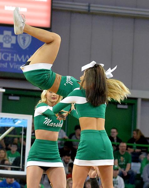 cheerleaders6905.jpg