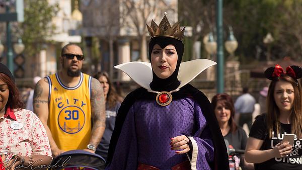 Disneyland Resort, Disneyland, Fantasyland, Evil Queen, Evil, Queen