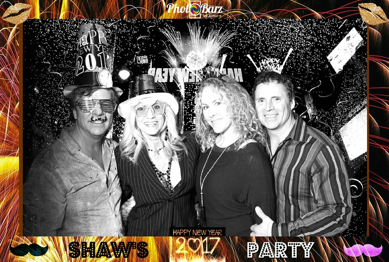 Shaws NYDay Party (75).jpg
