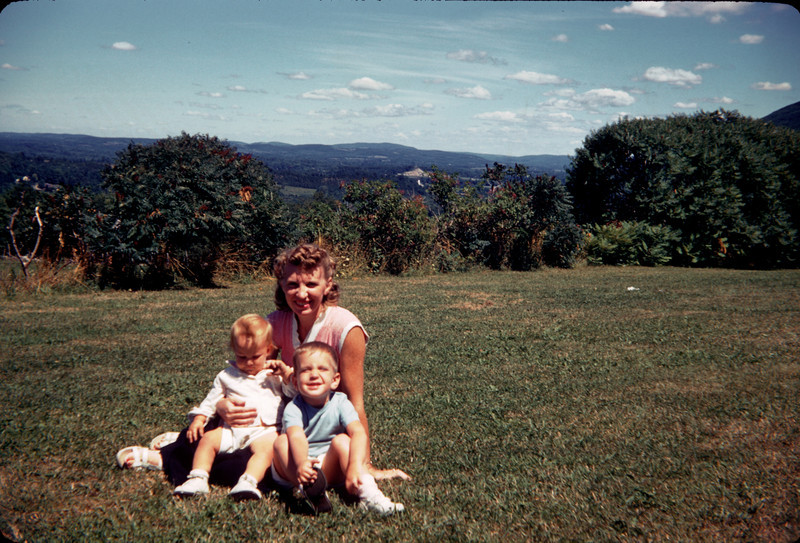 mommy richard susan in the country.jpg
