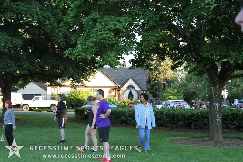 Recesstime_Portland_Kickball_20120619_1537.JPG