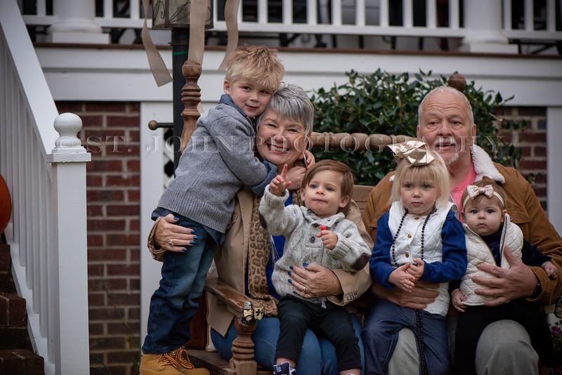 2019 November Ellis Family-264-129.jpg