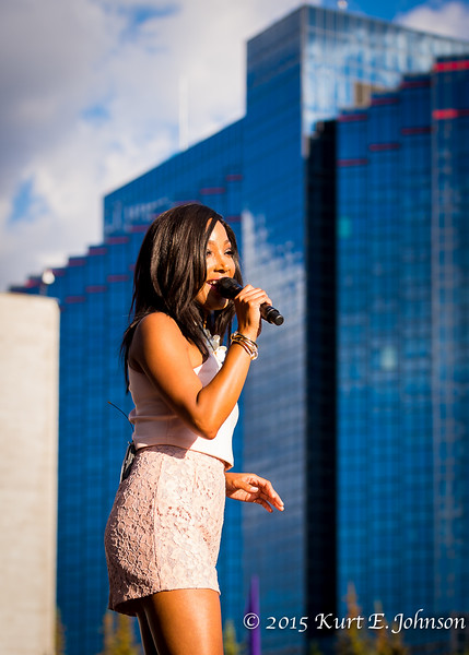 Mickey Guyton @ Harveys Outdoor Concert Series 06-11-2015