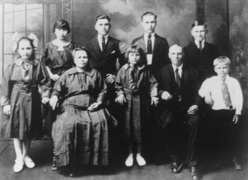Conrad Family4.JPG