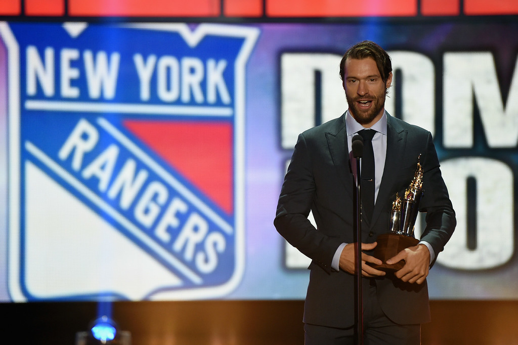 . Dominic Moore of the New York Rangers speaks after winning the Bill Masterson Memorial Trophy during the 2014 NHL Awards at the Encore Theater at Wynn Las Vegas on June 24, 2014 in Las Vegas, Nevada.  (Photo by Ethan Miller/Getty Images)